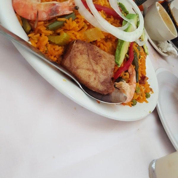 Photo taken at Restaurante Hnos. Hidalgo Carrion by Mario A. on 1/17/2017