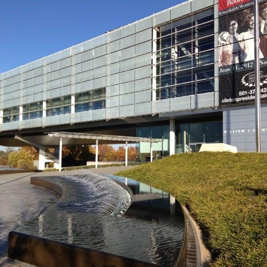 Foto tomada en William J. Clinton Presidential Center and Park por Robert Y. el 11/14/2012