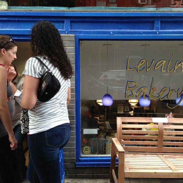 9/2/2013에 JC M.님이 Levain Bakery에서 찍은 사진