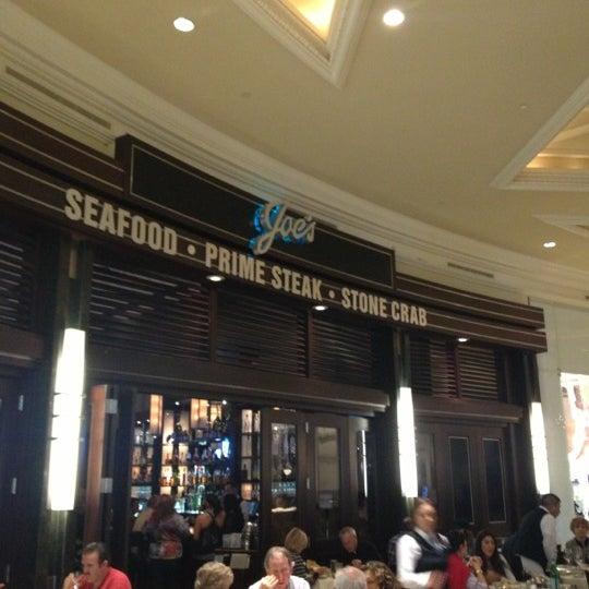11/17/2012にZachary F.がJoe's Seafood, Prime Steak & Stone Crabで撮った写真