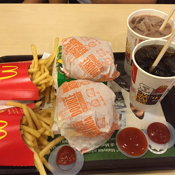 Photo taken at McDonald's by MissPinah on 7/30/2016