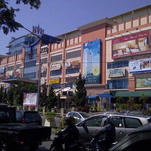 Photo taken at Bandung Trade Centre - BTC Fashion Mall by Agung N. on 9/12/2012