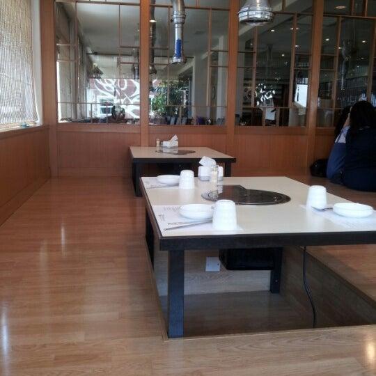 Photo taken at Daorae Korean BBQ Restaurant by Daric T. on 8/20/2012