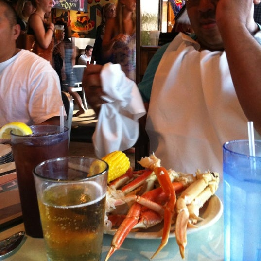 Photo taken at Whitlow's on Wilson by J I. on 7/17/2012