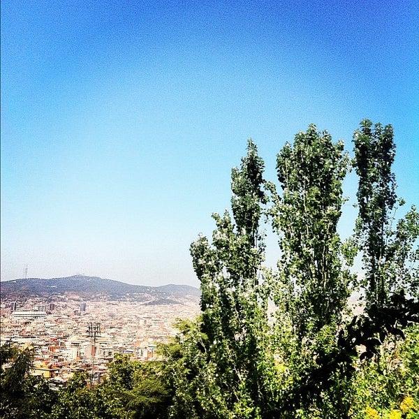 Photo prise au Jardins de Joan Brossa par Gilson G. le7/17/2012
