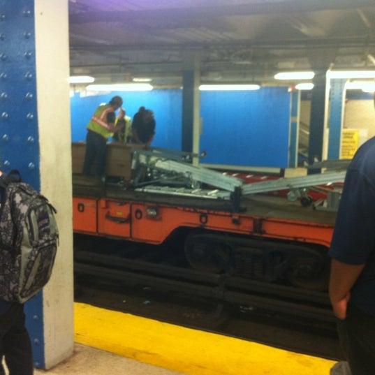 Photo taken at SEPTA MFL/TRL 15th Street Station by Anny W. on 7/14/2012