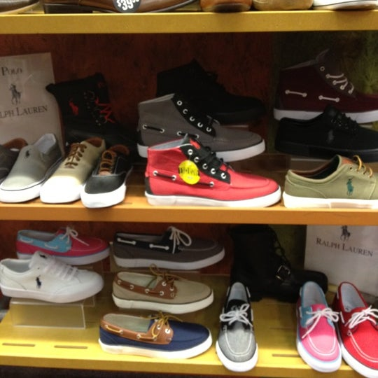 Journeys Shoe Store Ratings