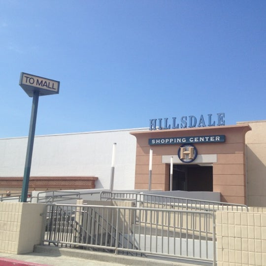 Photo taken at Hillsdale Shopping Center by Annabella on 8/14/2012