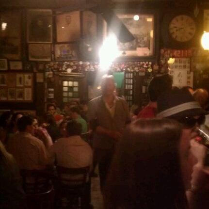 Photo prise au McSorley's Old Ale House par Justin S. le5/13/2012