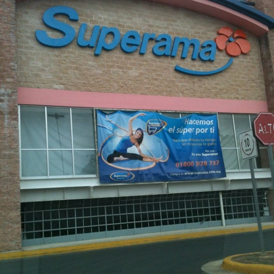 Photo taken at Superama by Carlos Guillermo A. on 5/14/2012