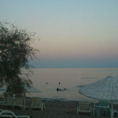 8/26/2012 tarihinde Muharrem A.ziyaretçi tarafından Ünlüselek Beach'de çekilen fotoğraf