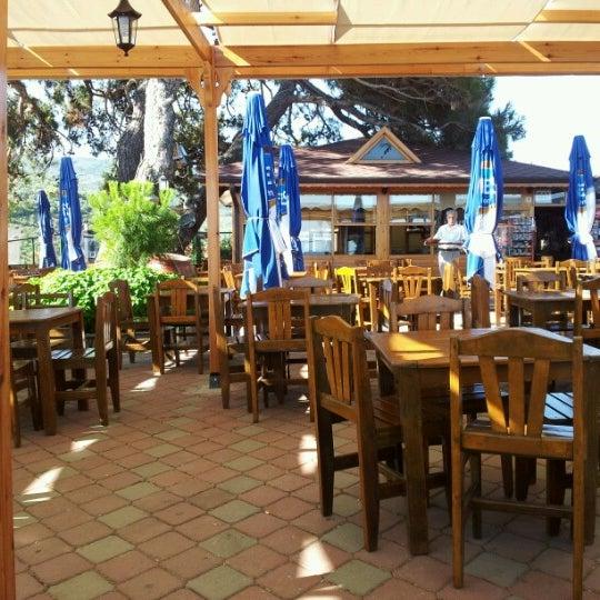 7/1/2012 tarihinde Poyraz H.ziyaretçi tarafından Çamlı Kahve'de çekilen fotoğraf