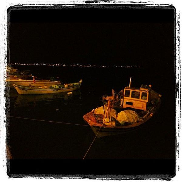 8/20/2012 tarihinde Beyin E.ziyaretçi tarafından Cunda Deniz Restaurant'de çekilen fotoğraf