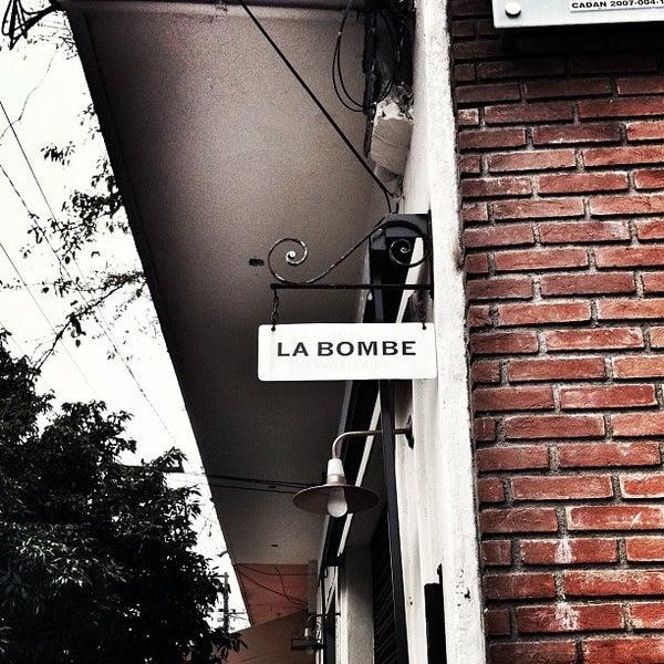 Foto tirada no(a) Faire La Bombe por Henrique S. em 4/9/2012