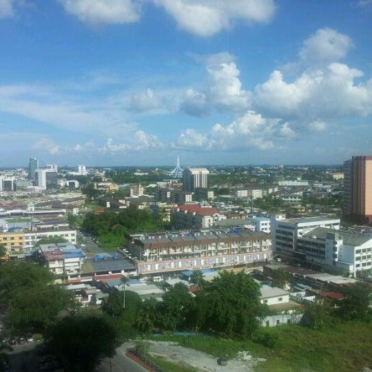 Photo taken at Pullman Kuching by Edris F. on 10/15/2011