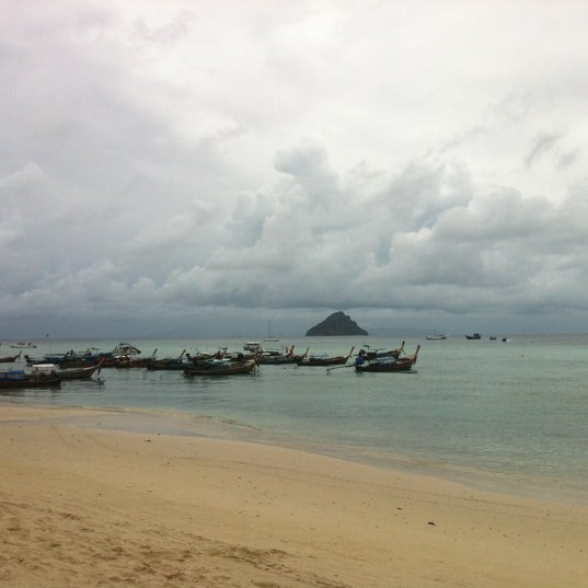 Photo taken at Phi Phi Island by Maripaz T. on 9/6/2012