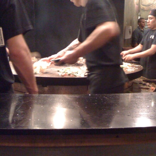 Photo taken at HuHot Mongolian Grill by Guy L. on 11/12/2011