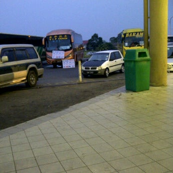 Photo taken at Kuching Bus Terminal by Cynthia W. on 8/29/2011