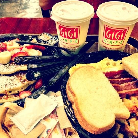 6/11/2012에 Lidia S.님이 Gigi Cafe에서 찍은 사진