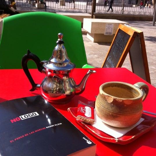 2/29/2012 tarihinde LuiSilesziyaretçi tarafından Café con Libros'de çekilen fotoğraf