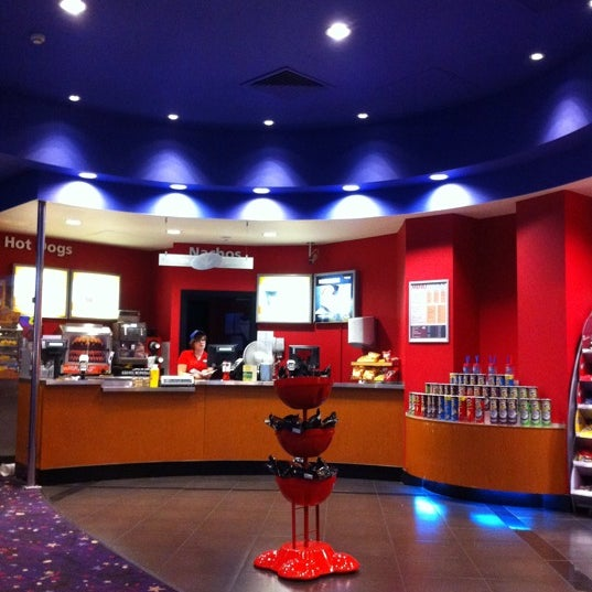 Photo taken at Cineworld by Mohd Fahmi H. on 7/20/2011