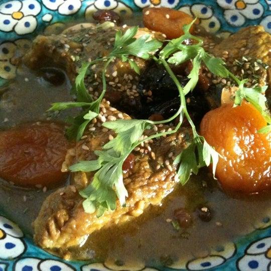 Foto tomada en Baraka Restaurant por Jaime L. el 8/22/2011
