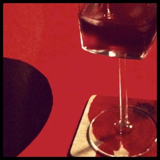 11/5/2011 tarihinde Tugceziyaretçi tarafından Ada Cafe'de çekilen fotoğraf