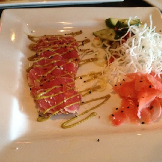 รูปภาพถ่ายที่ The Ranch Grill โดย Valerie B. เมื่อ 8/27/2012