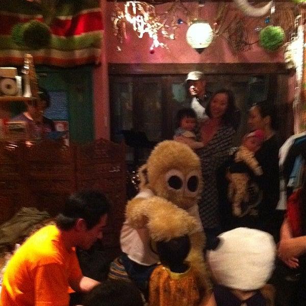 Photo taken at tamutamucafe by Kunio A. on 10/30/2011