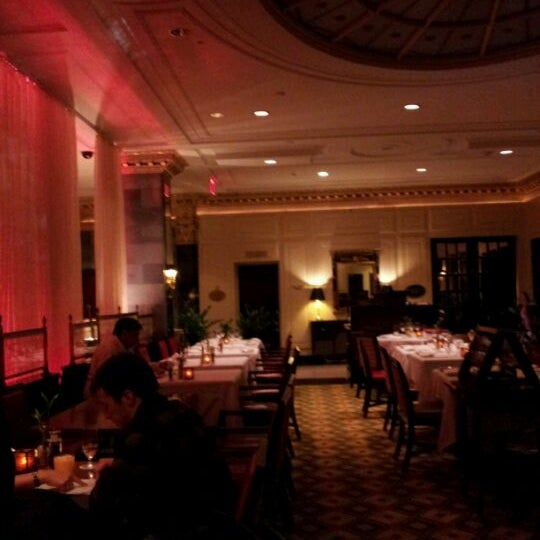 Photo taken at InterContinental New York Barclay by Han B. on 11/18/2011