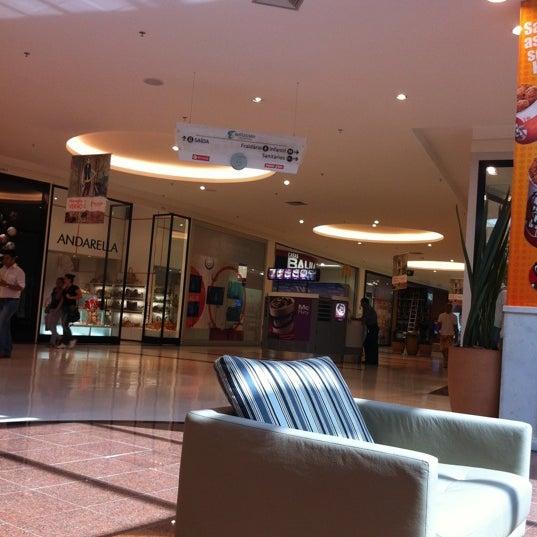 Foto tirada no(a) Boulevard Shopping Campos por Olavo J. em 9/21/2011