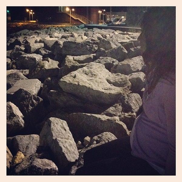 Foto tirada no(a) Porto de Recreio de Oeiras por Bruno S. em 9/5/2012