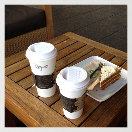 Photo taken at Starbucks by Regino T. on 4/9/2012