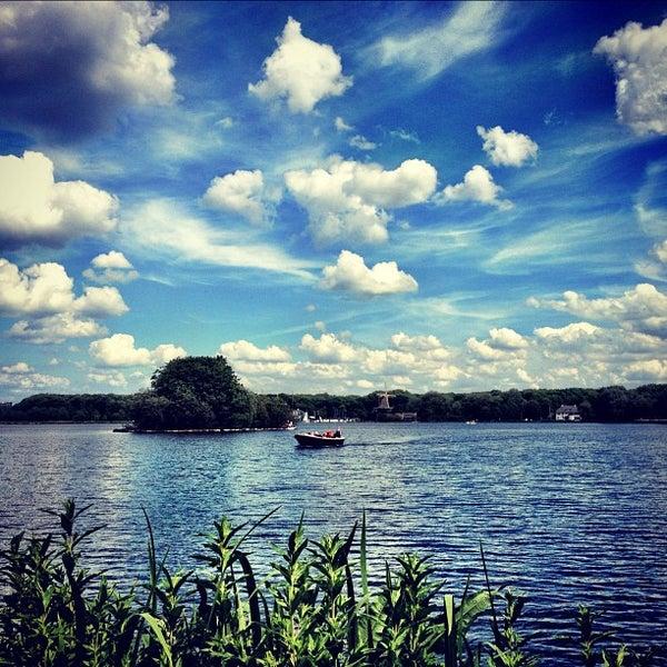 Kralingse plas lake in kralingse bos - Bos lak ...