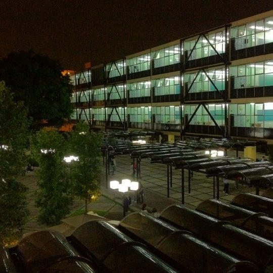 8/13/2012 tarihinde Antonio L.ziyaretçi tarafından Universidad La Salle'de çekilen fotoğraf