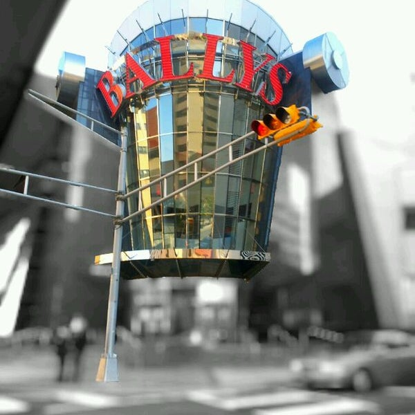 Photo taken at Bally's Casino & Hotel by Dan A. on 10/30/2011