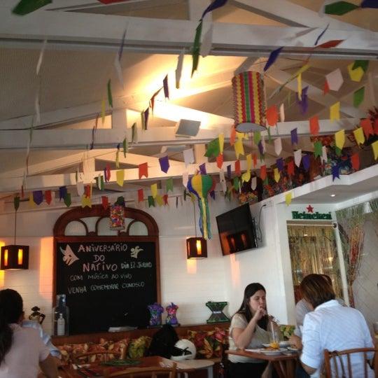 Foto scattata a Nativo Bar e Restaurante da Carla M. il 7/2/2012