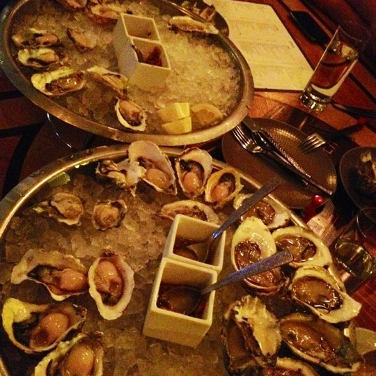 Gt fish and oyster river north 531 n wells st for Gt fish and oyster chicago