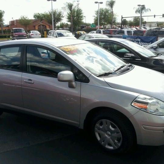 Photo taken at Universal Hyundai by Keldon W. on 3/2/2012