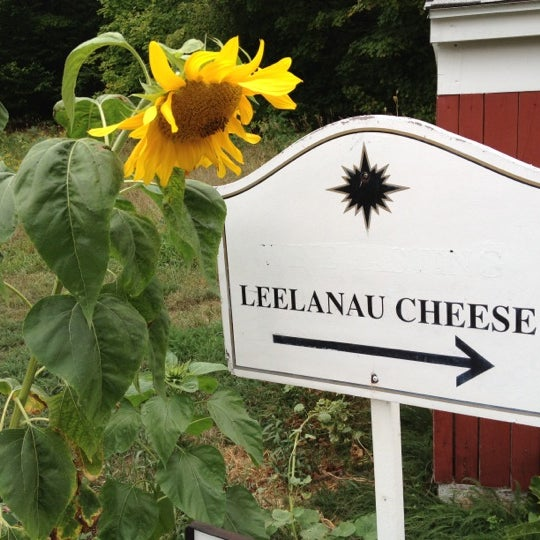 Photo taken at Black Star Farms Suttons Bay by Charlie W. on 8/26/2012
