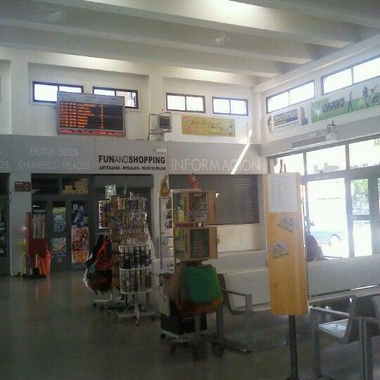 Photo taken at Estación Autobuses de Ponferrada by Anecdotario d. on 9/17/2011