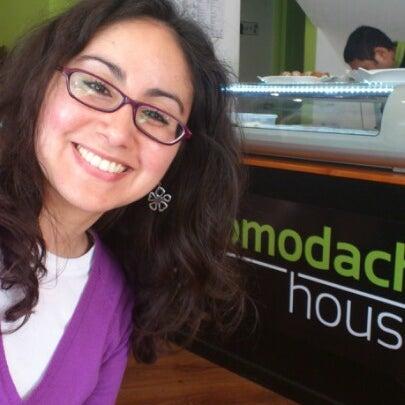 Foto tomada en Tomodachi House por Claudio B. el 7/15/2012
