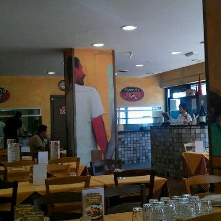 Photo taken at Pastarito Pizzarito by Simone P. on 9/16/2011