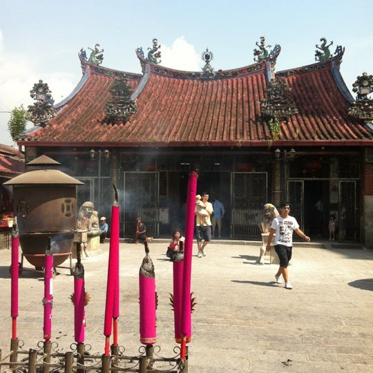 Photo taken at Kuan Yin Temple (觀音亭 Goddess of Mercy) by ใหม่ A. on 6/16/2012