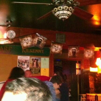 Foto tomada en Hurley's Irish Pub por Michael B. el 10/23/2011
