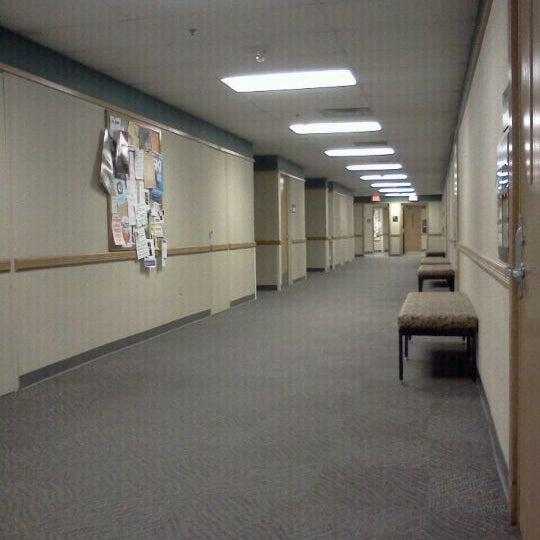9/8/2011 tarihinde Jessica K.ziyaretçi tarafından Classroom Building'de çekilen fotoğraf