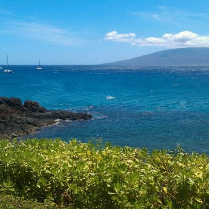 Photo taken at Sheraton Maui Resort & Spa by Ashley D. on 8/17/2011