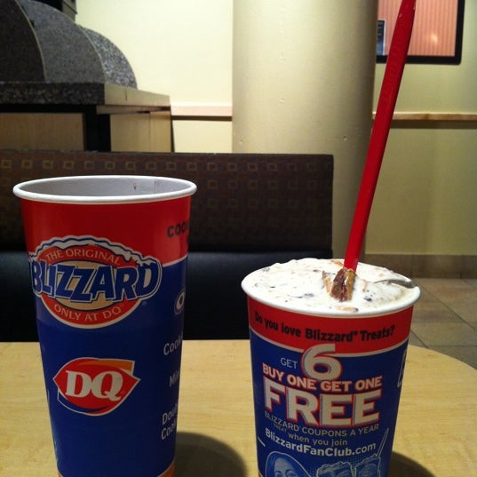Photo taken at Dairy Queen by David R. on 5/23/2011