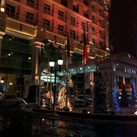 12/7/2011 tarihinde Rita K.ziyaretçi tarafından Rixos Almaty'de çekilen fotoğraf