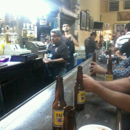 Foto tomada en Cantina La Fuente por Pablo C. el 5/15/2012